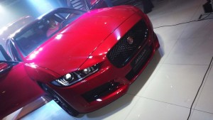 A frente do novo XE da Jaguar